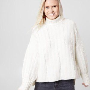 GILLI Picked Stitched Turtleneck Cream Sweater Top